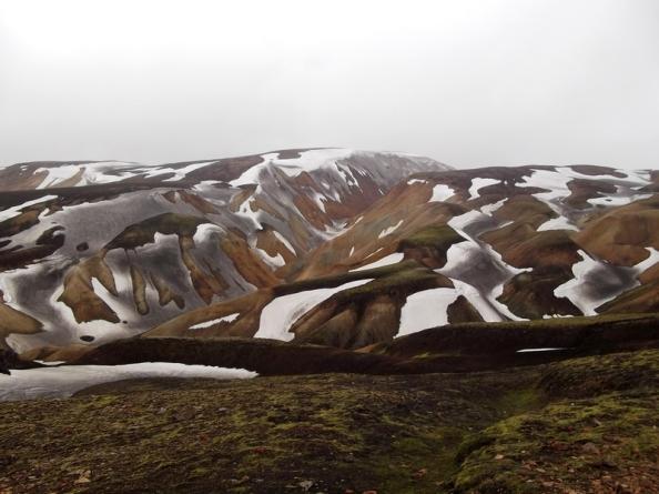 montagne-neige-landmannalaugar